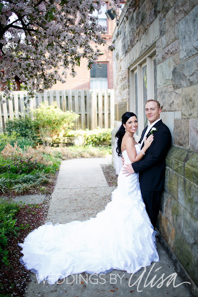 Bride and Groom Garden Portraits at First Unitarian Pittsburgh