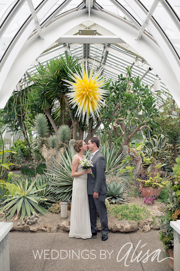 Chihuly Glass in Desert Room with Bride and Groom Photos