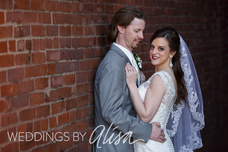 Wedding photos in the Cultural District Pittsburgh
