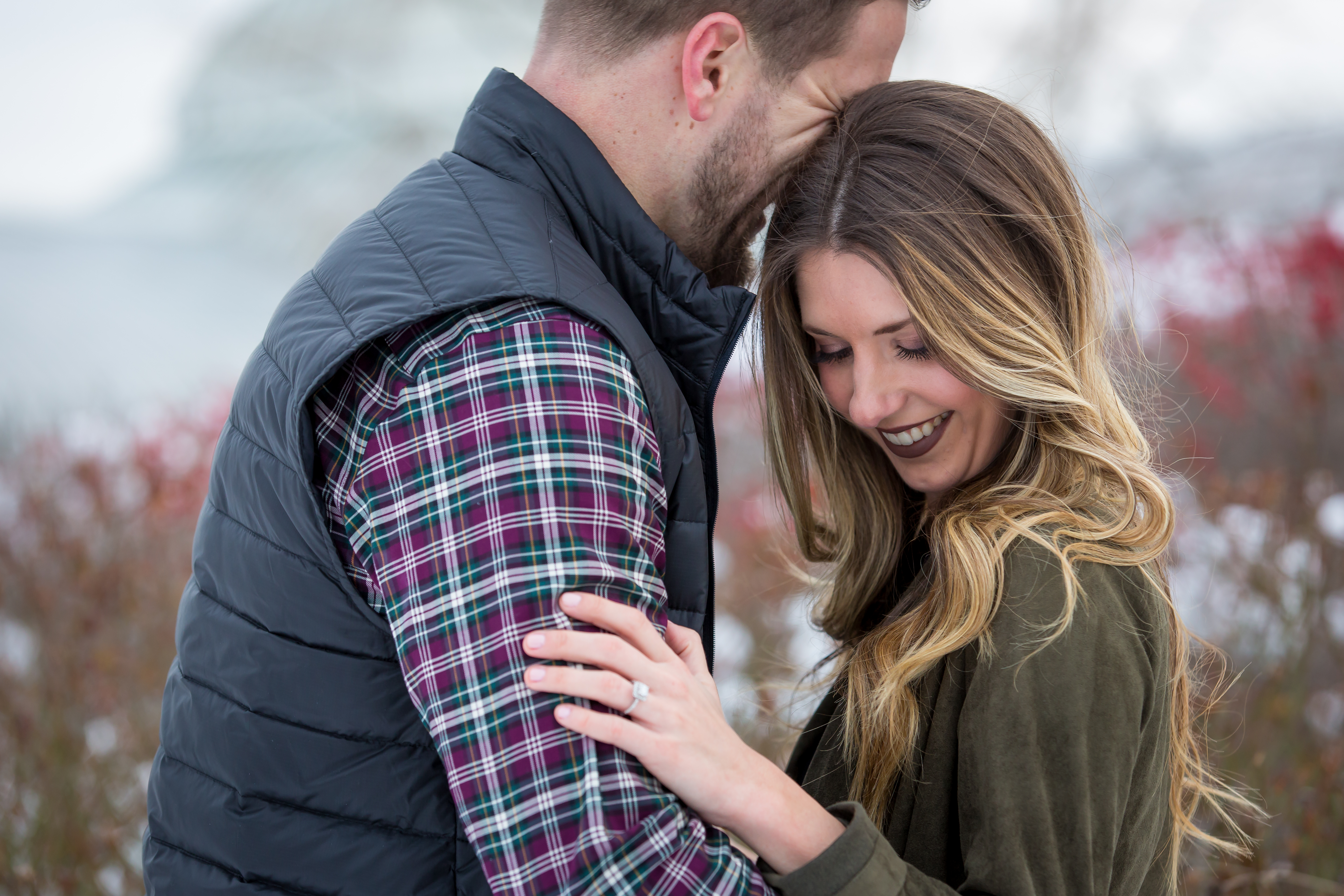 Snowy engagement photos in Pittsburgh